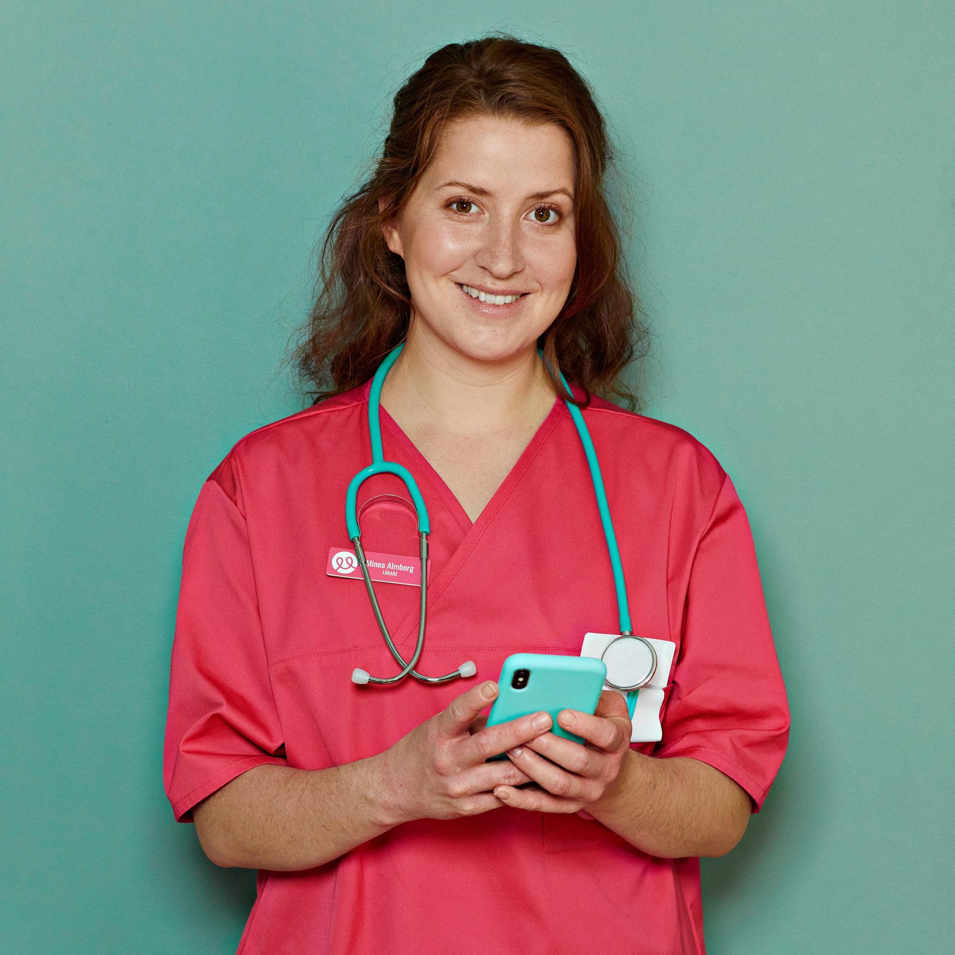 Jessie Lewis Skoglund som sjuksköterska