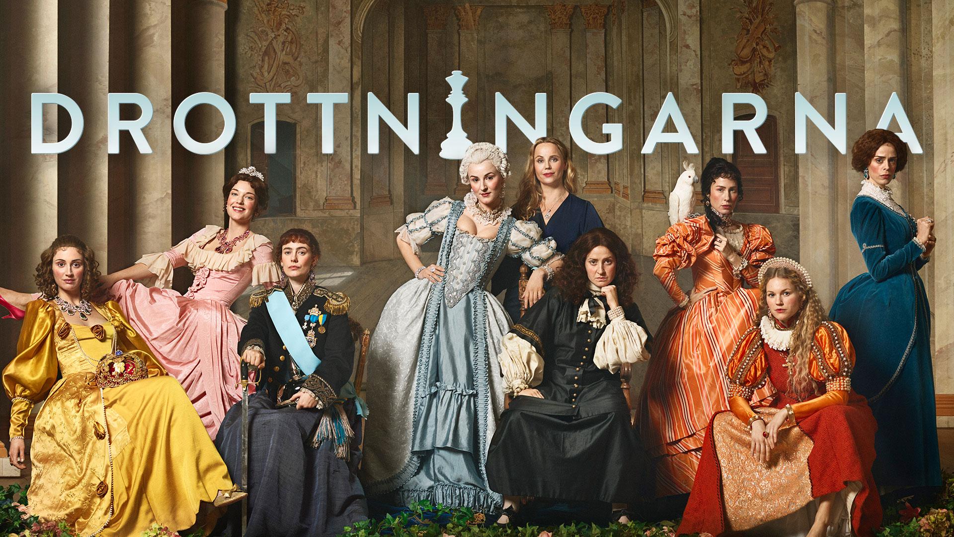 Jessie Lewis Skoglund och ensemblen i TV-serien Drottningarna